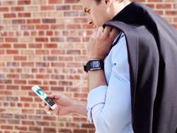 Rầm rộ ra hàng mới, thị trường điện thoại HCM im lặng